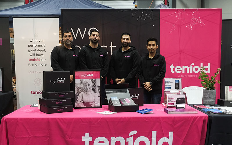 A group photo of the Tenfold Dawah team based in Australia