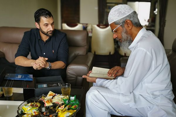Tenfold CEO Mohammad Quadan visit Doctor Zakir Naik at his home in Malaysia to discuss the Dawah projects they are running across the globe