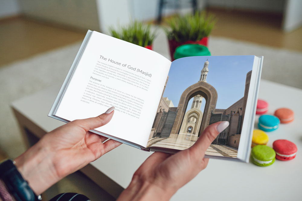A picture of the Da'wah book titled 'Praise' which will be given to non-Muslims at the Sultan Qaboos Mosque in Oman